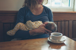 A Quick Guide on What to Eat While Breastfeeding