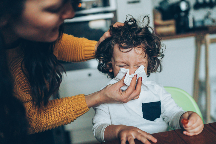 Causes and Treatment of a Runny Nose in Kids